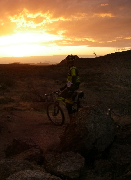 Topeak-Ergon waiting for the sun to set